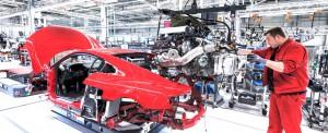 Audi-assemblaggio-R83