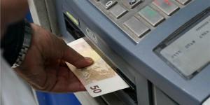 Bancomat-in-Grecia